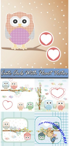Cute Owls With Heart Vector