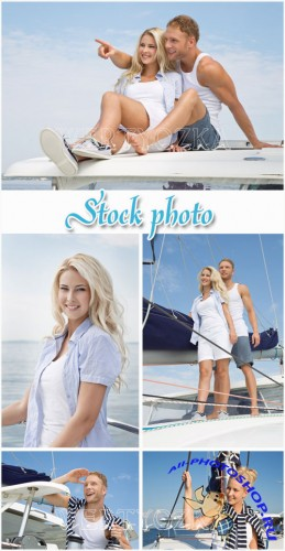 Романтичная пара на яхте / Romantic couple on a yacht - raster clipart
